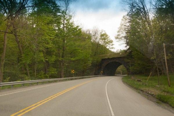 Blue Highway, les anciennes routes principales d'antan, bien avant l'édification du réseau moderne d'autoroutes, les Interstates.