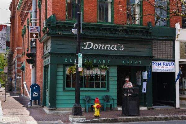 Donna's
