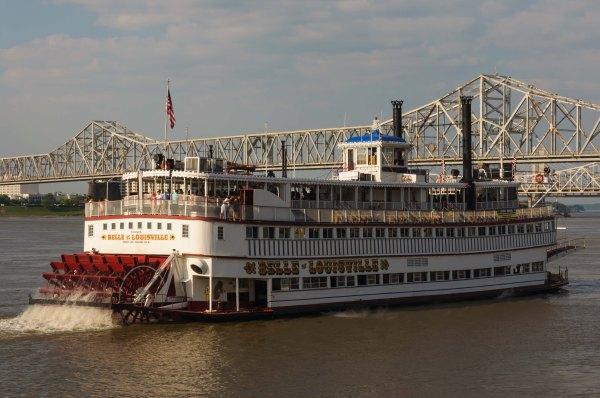 La Belle de Louisville : croisière sur la rivière Ohio, un soir de mai...